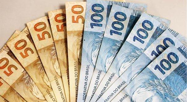 O Dólar chegará